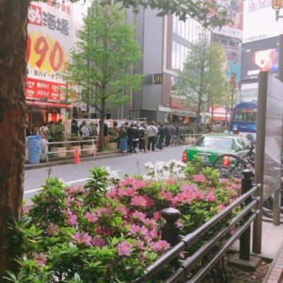 エスパス新宿歌舞伎町店 並び